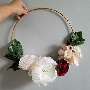 Beautiful Faux Flower Bouquet/Wreath